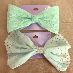 Bundle of 2 - Claire's Mint Green Hair Bows NWT